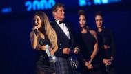 Newcomerin Ariana Grande räumt Preise ab