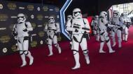 """Star-Wars: """"Das Erwachen der Macht"""" feiert Weltpremiere"""