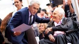 Michael Douglas bekommt endlich seinen Stern auf dem Walk of Fame