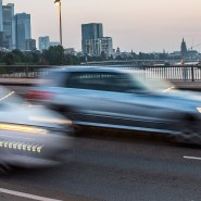 """""""Aber die, die permanent rasen, denken: Mir passiert das nicht"""": Verkehrspsychologe Haiko Ackermann spricht über Ursachen von Unfällen wie in Frankfurt."""