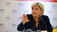 Eine Gefahr für die Demokratie? Die Mehrheit der Franzosen denkt so über Le Pens Partei Front National.