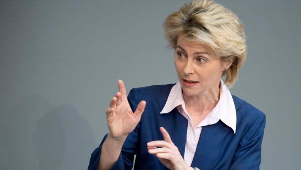 Bundestag Ursula von der Leyen (CDU