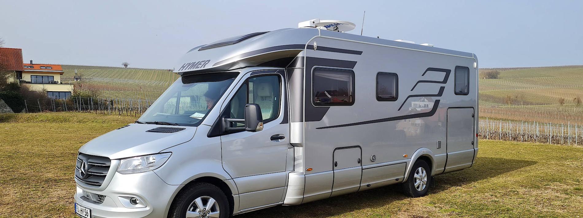 Glänzende Geschäfte mit Campingmobilen