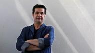 """Eine Auszeichnung für politischen Mut: Jafar Panahi holte mit """"Taxi"""" den Goldenen Bären für den besten Film"""