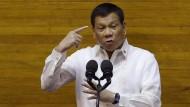 Duterte will Schulen bombardieren lassen