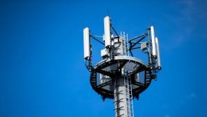 Verbände fordern härtere Vorgaben für Mobilfunkausbau
