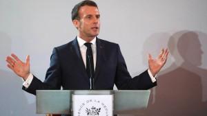 Macron will auf seine Pension verzichten