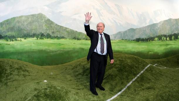 Fussball WM 2006: FIFA-Praesident Joseph S. Blatter besucht das IBC