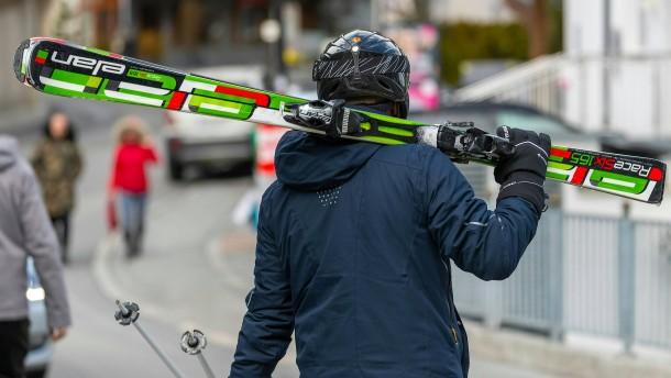 Warum die Après-Ski-Party in Ischgl viel zu lang ging