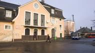 Stadteingang: der Bad Vilbeler Nordbahnhof und sein alter Vorplatz, der aktuell umgestaltet wird