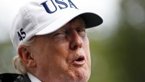 Trump unterzeichnet Resolution gegen Rassismus