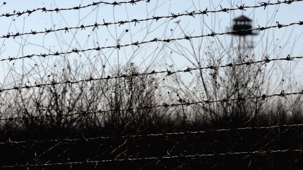 Grenzschützer erschießen afghanischen Flüchtling