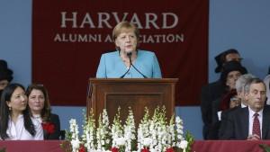 So reagieren die Medien auf Merkels Auftritt