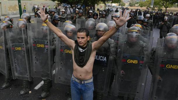 Ausschreitungen bei Protesten gegen Wahlausgang