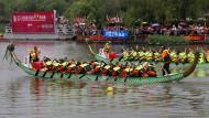 Drachenbootrennen in China (Archivbild)