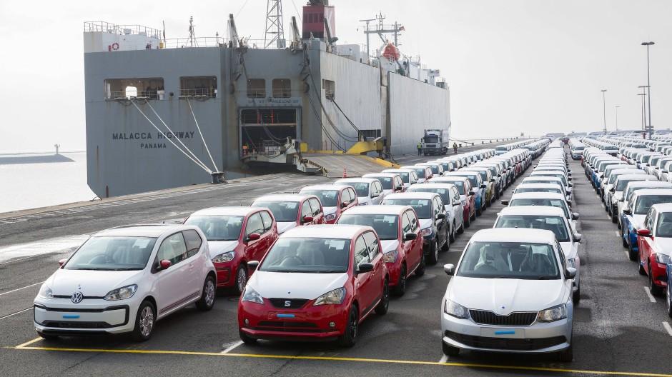 Wie teuer wird die Reise für diese Autos? Das hängt von der Zollentscheidung des amerikanischen Präsidenten Donald Trump ab.