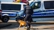 Polizeieinsatz in Rottenburg am Neckar zur Festnahme des Täters im Fall des Sprengstoffanschlags auf den BVB-Mannschaftsbus