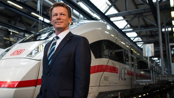 Bahnchef verspricht billigere Zugtickets