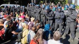 Unionsfraktionsvize hält Berliner Polizei DDR-Methoden vor