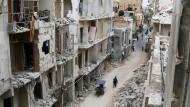 Eine Straße in der umkämpften Altstadt von Aleppo