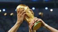 Um diesen Pokal geht es bei der WM: Holen Sie sich alle News jetzt!