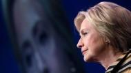Clinton wieder zurück