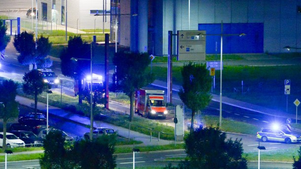Erkrankter UN-Mitarbeiter in Leipzig angekommen