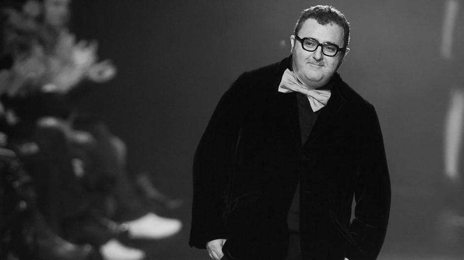 Modeschöpfer Alber Elbaz 2008 bei einer Modeschau des Hauses Lavin