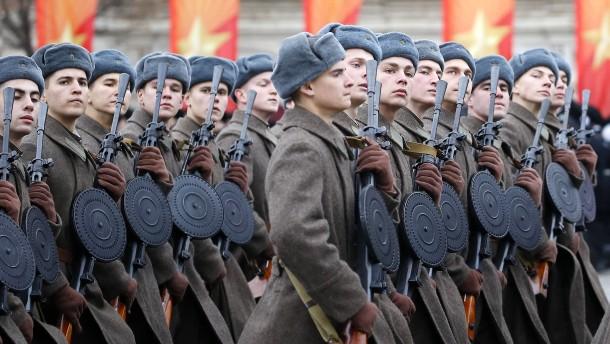 Gedenken an Weltkrieg statt Oktoberrevolution