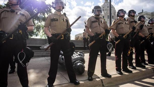 Trump will Pläne für Polizeireform vorlegen