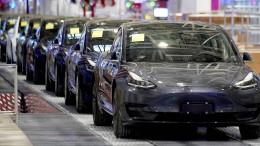 Tesla nutzt Autobauteile für Beatmungsgeräte
