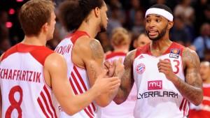 Bayern starten mit hart umkämpftem Sieg