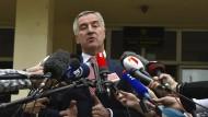 Milo Djukanovic ist mit mehr als 50 Prozent der Stimmen zum Präsidenten von Montenegro gewählt worden.