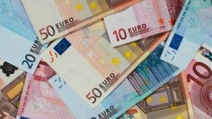 Bund und Länder melden steigende Steuereinnahmen
