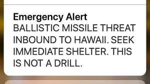 Auslöser des falschen Raketenalarms auf Hawaii glaubte an Attacke