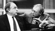 Geißler als Familienminister zusammen mit Helmut Kohl bei einer Haushaltsdebatte im Bundestag im September 1983