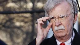 Früherer Sicherheitsberater Bolton belastet Trump schwer