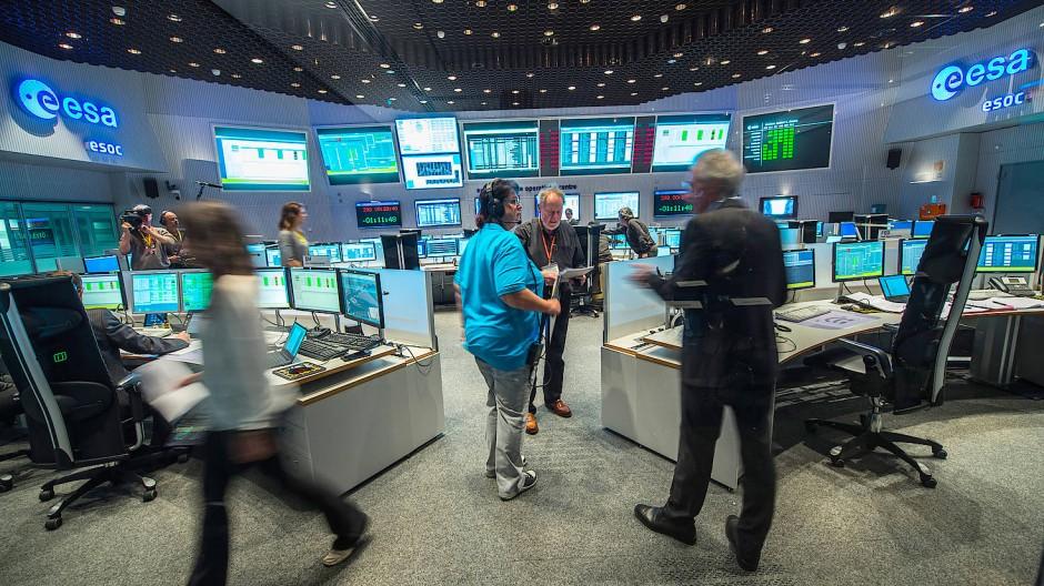 Wörners alter Arbeitsplatz: der Hauptkontrollraum der ESA in Darmstadt