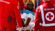 Mehr als 200 Menschen aus Mittelmeer gerettet