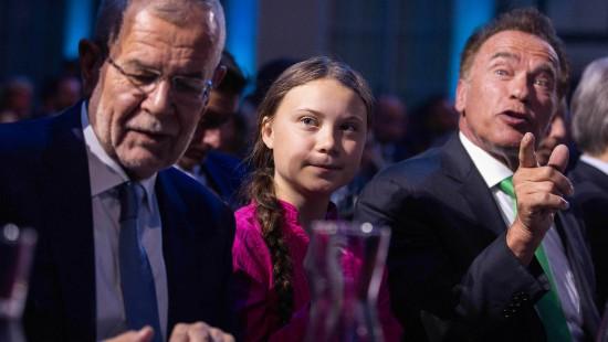 Arnold und Greta kämpfen für das Klima