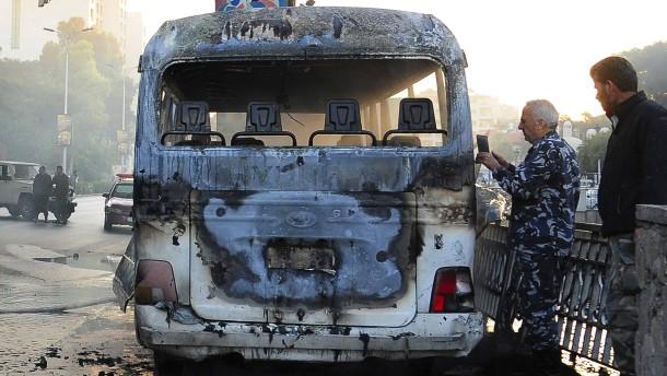 Bombenanschlag auf Armeebus in Damaskus mit mehreren Toten