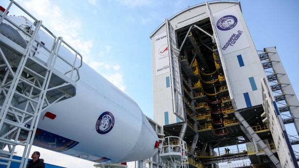 Russland bricht ersten Start von neuem Weltraumbahnhof ab