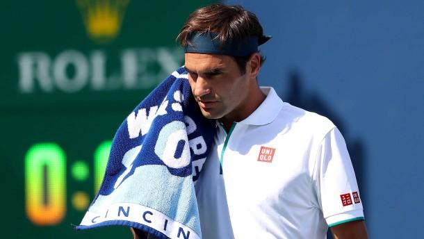 Federer hatte mit eigenen Schlägen zu kämpfen