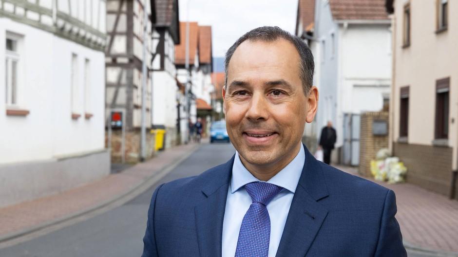 """""""Die neuen Regeln orientierten sich an der Praxis der vergangenen Jahre"""": Eschborns Bürgermeister Adnan Shaikh (CDU) über die Kulturförderung"""