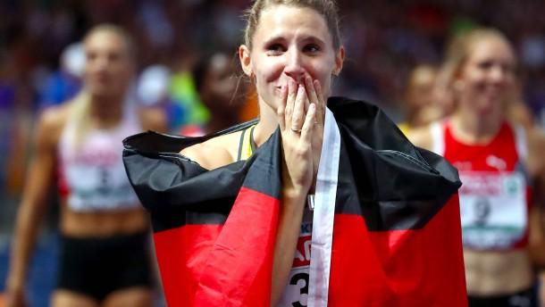 Schäfer gewinnt Bronze und denkt an verletzte Kolleginnen