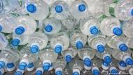 Gesundes Wasser aus Plastikflaschen?