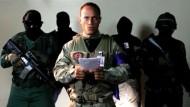 Offizier bekennt sich zu Hubschrauber-Angriff