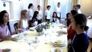 Schweizer Benimmschule wieder hoch im Kurs