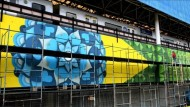 Riesen-Graffiti zur Fußball-WM