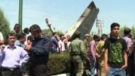 Fast 50 Tote bei Flugzeugabsturz
